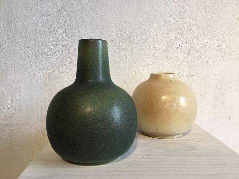Ny vas i färg grön och äggskal