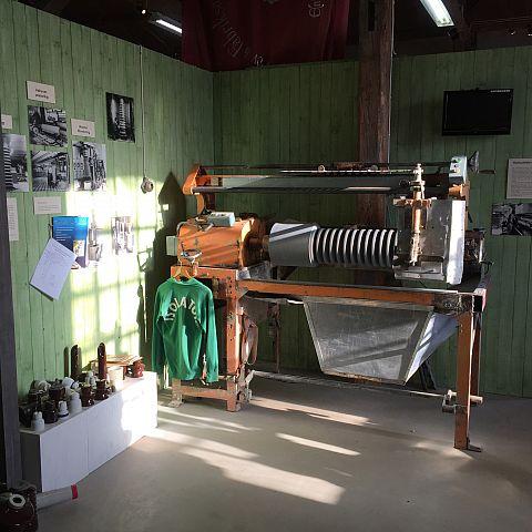 Iföverkens Industrimuseum utställning Isolatorer 2
