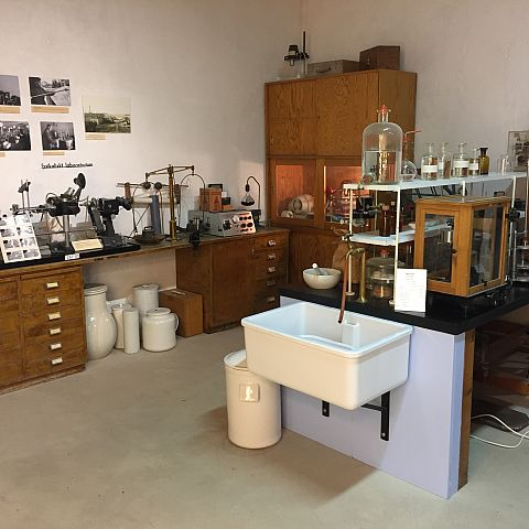 Iföverkens Industrimuseum utställning Laboratorium