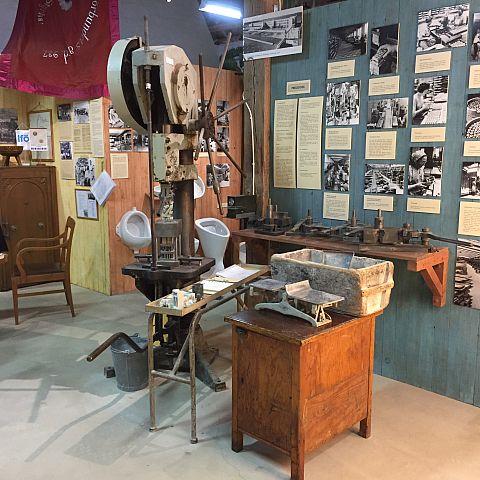 Iföverkens Industrimuseum utställning Pressgodstillverkning
